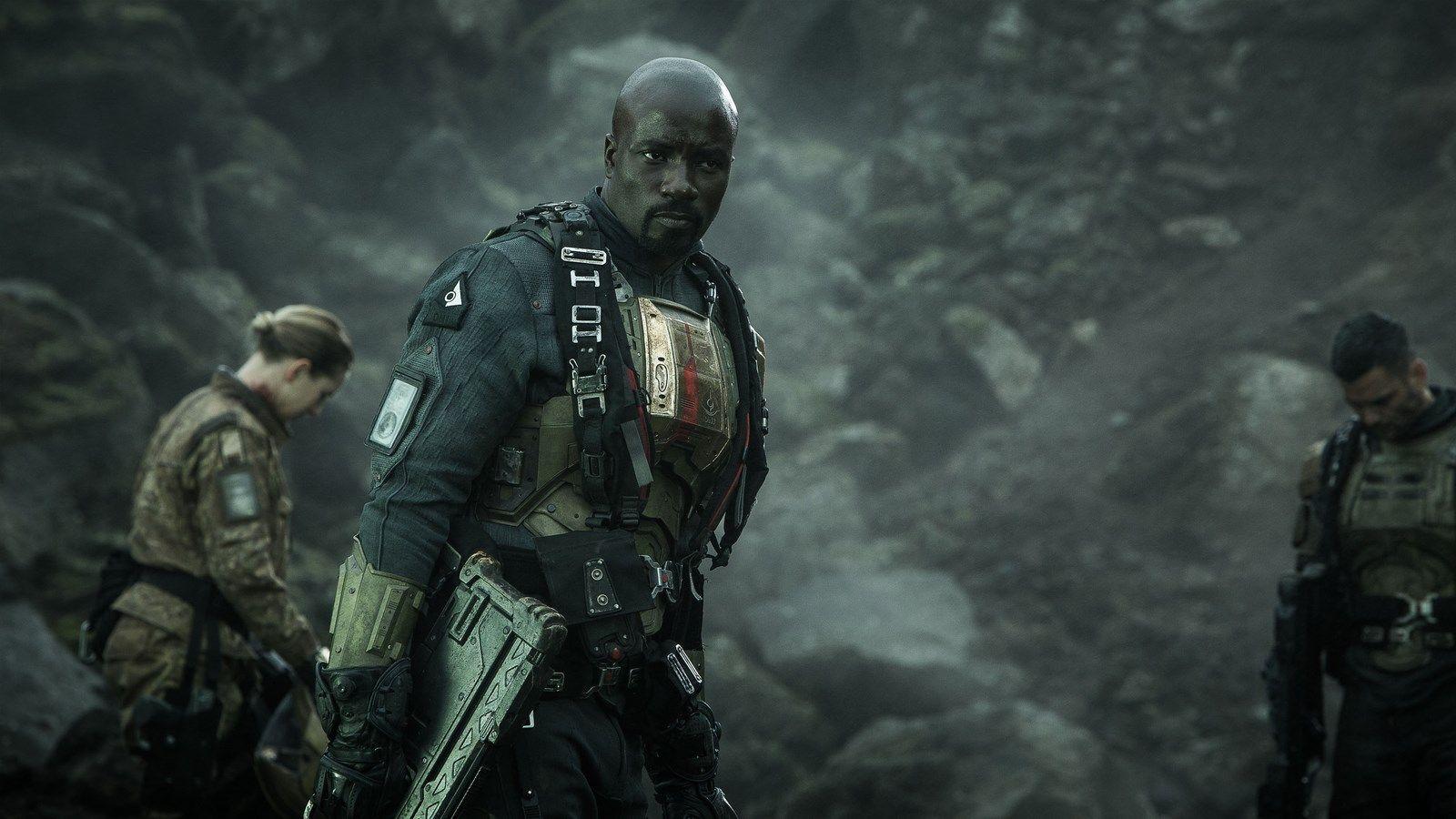 Halo - Nightfall - Screenshot 1